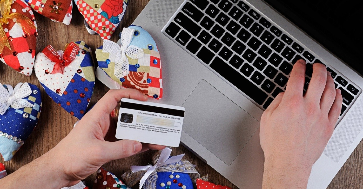 12 Ways to Protect Yourself from Fraud this Christmas