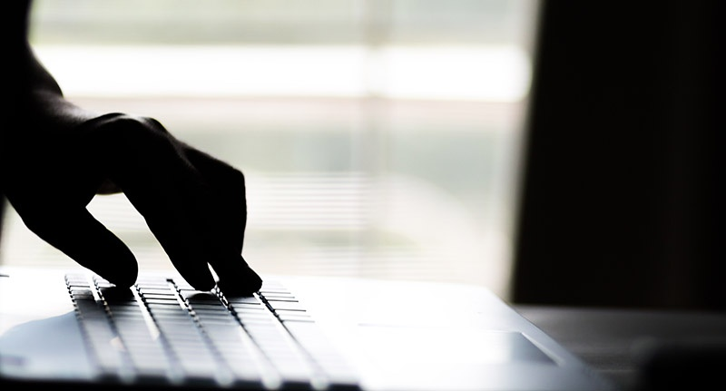 5 Ways to Protect Yourself From Online Hackers