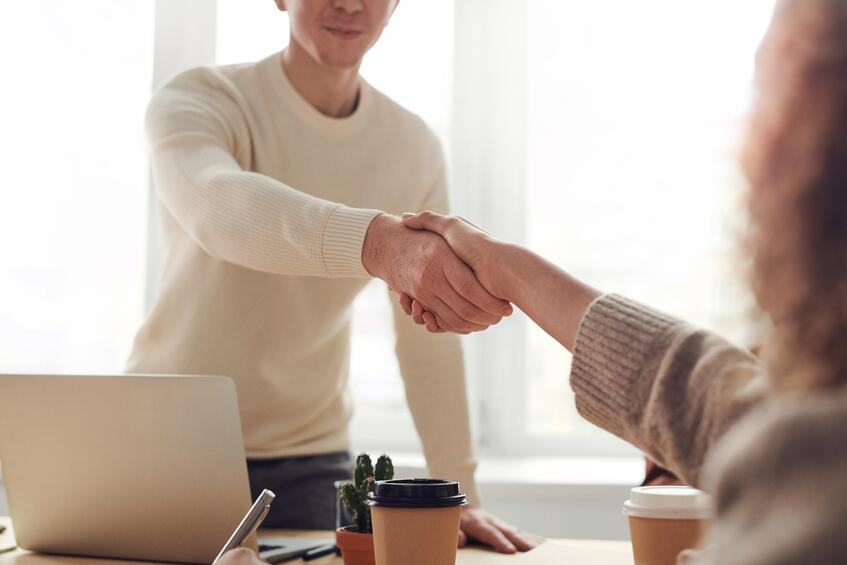 Small Business Lines of Credit Pros & Cons