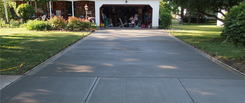 Big Concrete Driveway Broom Finished located in Wickliffe Ohio