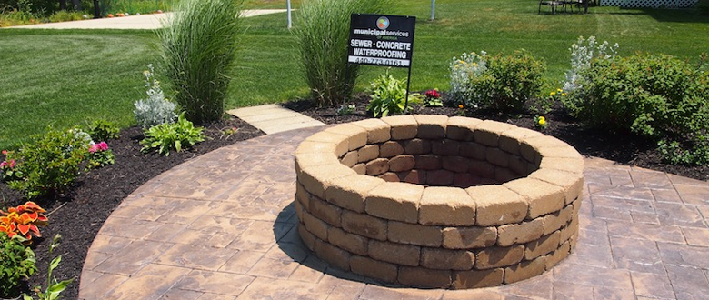 Sturdy Concrete Fire Pits that you are able to Customize Color, Shape and Size.