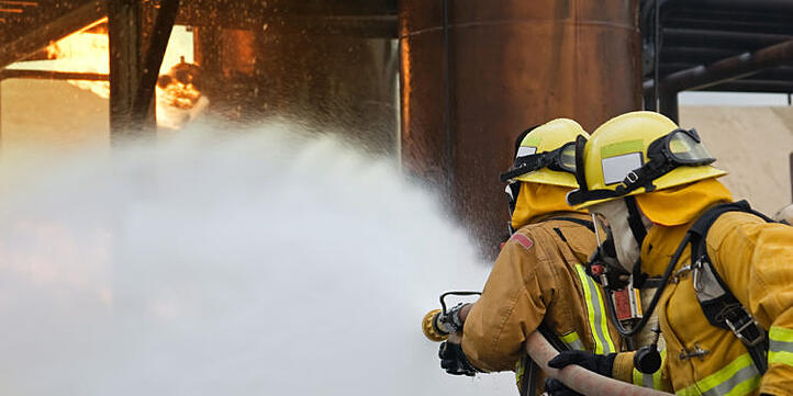 firefighter-iStock-120720544-750x375