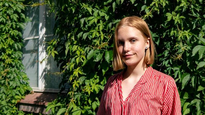 Kesätyöntekijän fiiliksiä: Ensimmäinen kesätyöpaikka haastoi ennakkoluulot toimistotyöstä