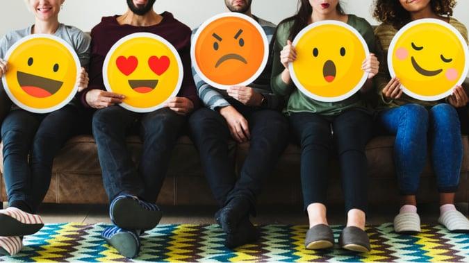 Emojit yritysviestinnässä: ❤️ vai ?