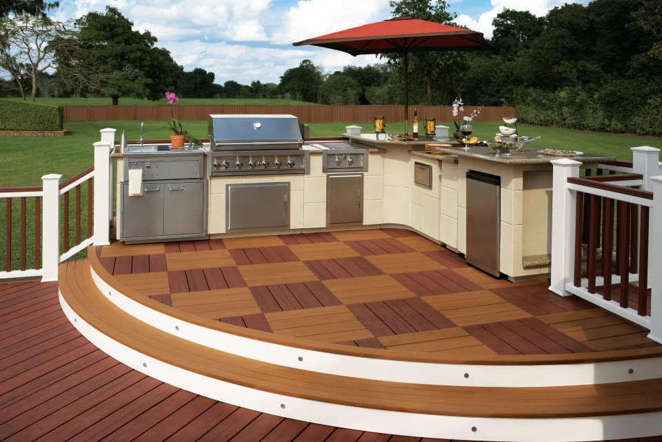... A Two Toned, Checkered Pattern Trex Deck