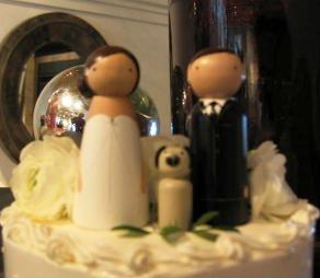 Tiny Wedding Cake