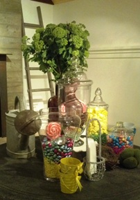 Farmhouse Inn Easter display