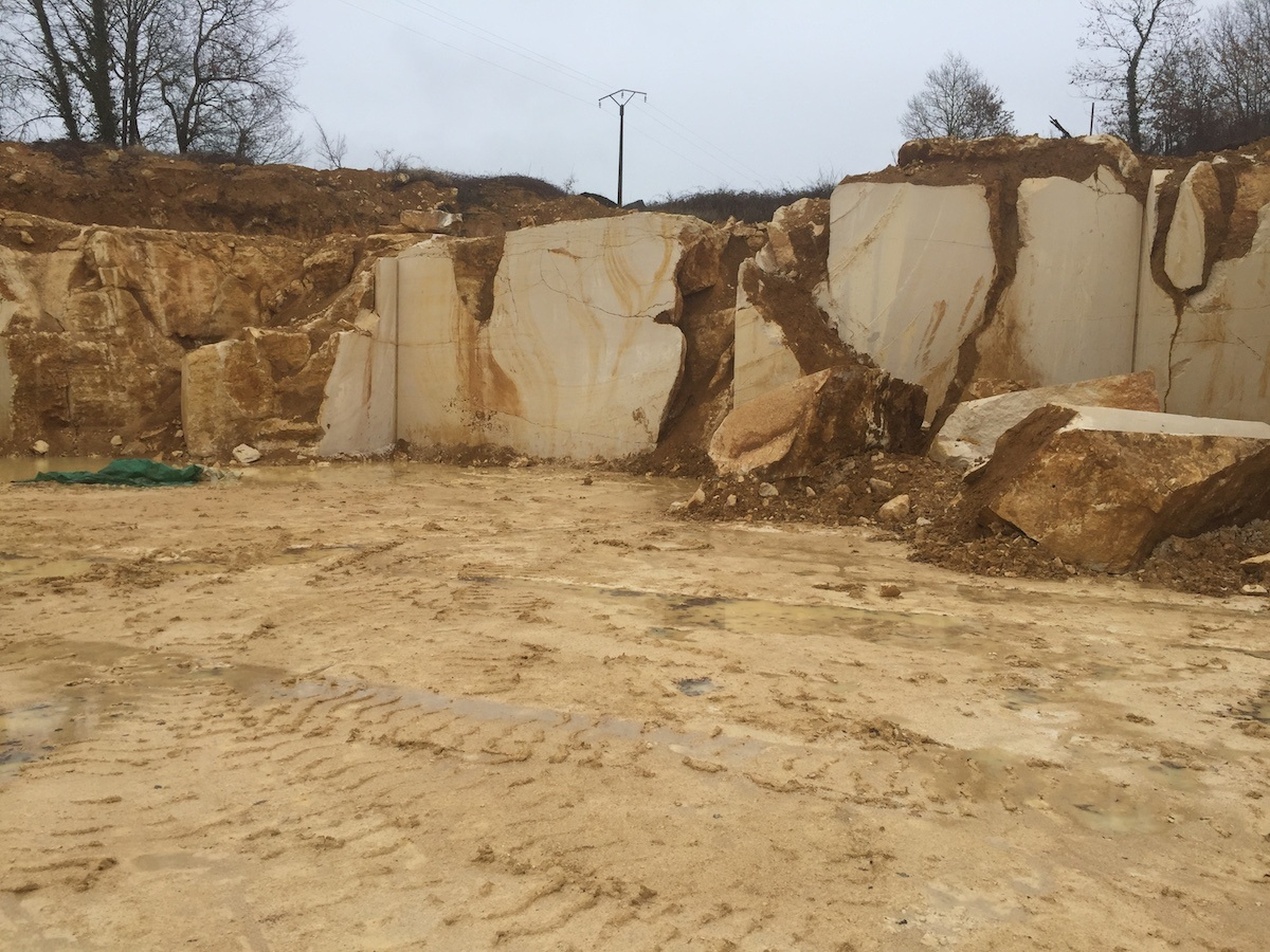 Chauvigny quarry - French limestone