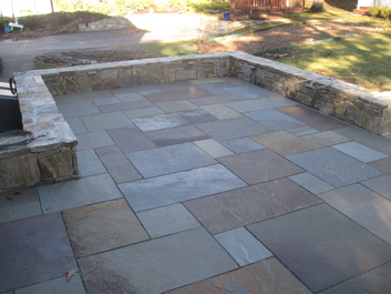 Patio materials the cost of bluestone patios for Bluestone pricing