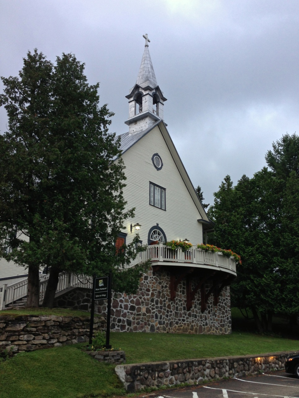Adaptive-Reuse-Church-Mont-Tremblant