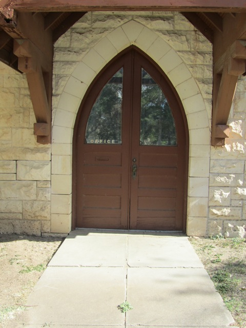 city chapel oakwood door resized 600