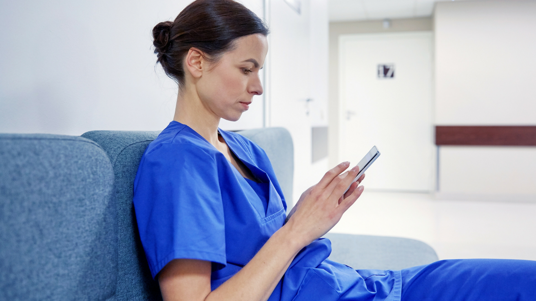 nurse on phone.png