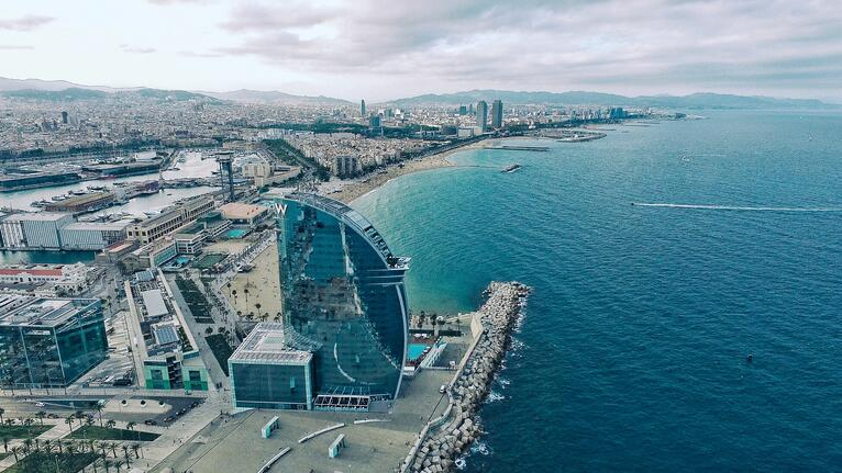 ¿Porqué en Barcelona los salarios en informática son más altos?