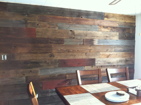 Reclaimed Wood Processed Barn Siding For Accent Wall