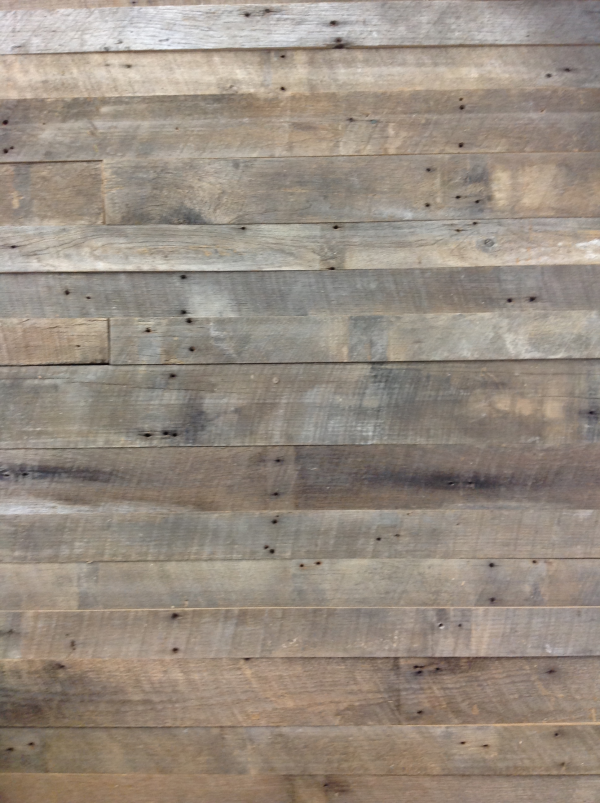 reclaimed-wood-accent-walls-rough-sawn-look
