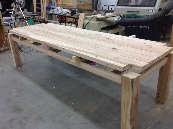 reclaimed-wood-table-sycamore-base-barn-wood-top