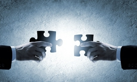 integrating knolwedge management into business processes