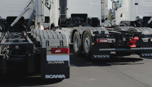 CUSTOMISED OR A READY-MADE SOLUTION FOR THE TRUCK?