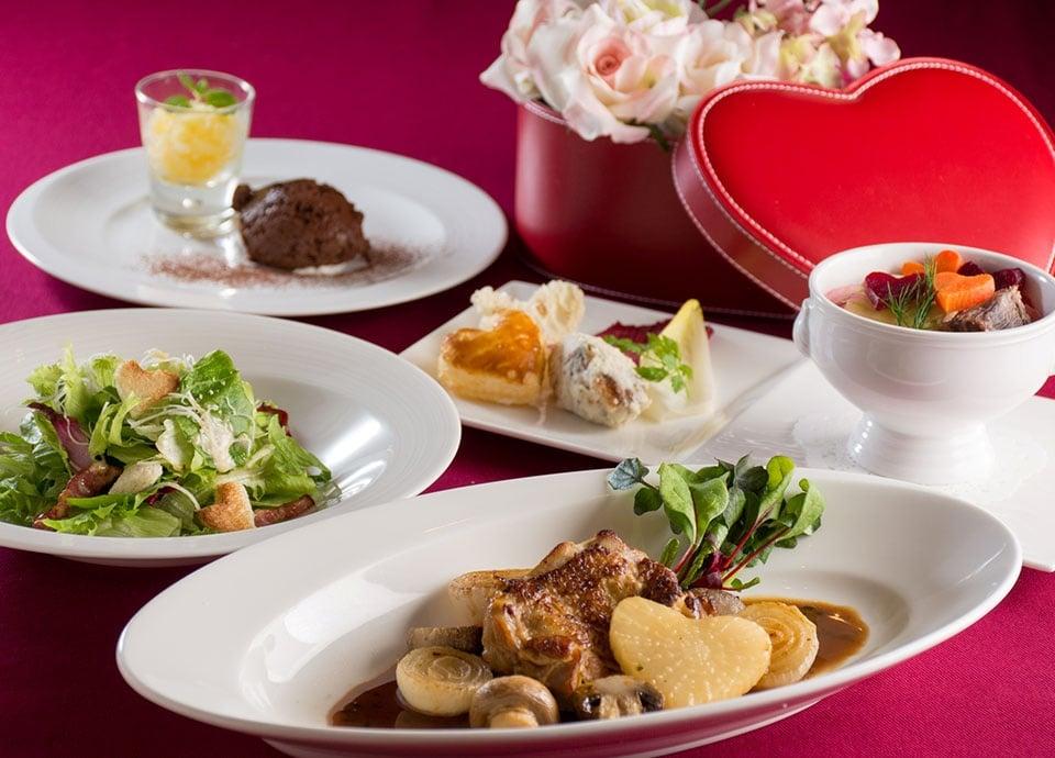 レストラン アイリス「アプレ・ミディ~Valentine Lunch~」