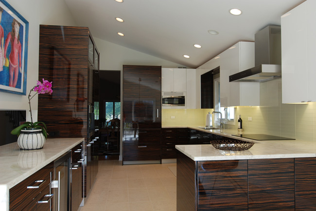 Small kitchen design making the most of your space for Kitchen ideas zebrano