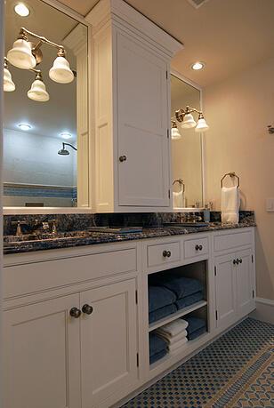Family friendly ideas for a hall bathroom remodel for Hall bath remodel ideas