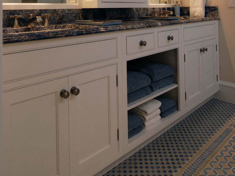 Inset Cabinets ...