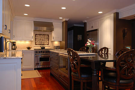 Theres No Design Rule Saying Your Chicago Kitchen Cabinet Design Has ...