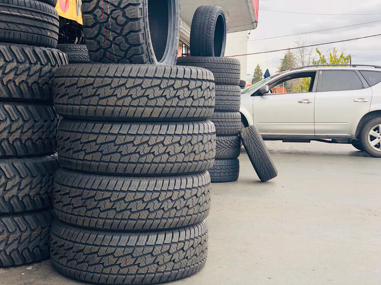Tire Display Ideas That Will Boost Tire Sales-1