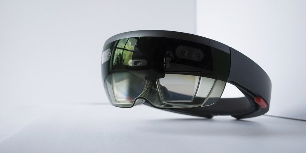 In article - Hololens