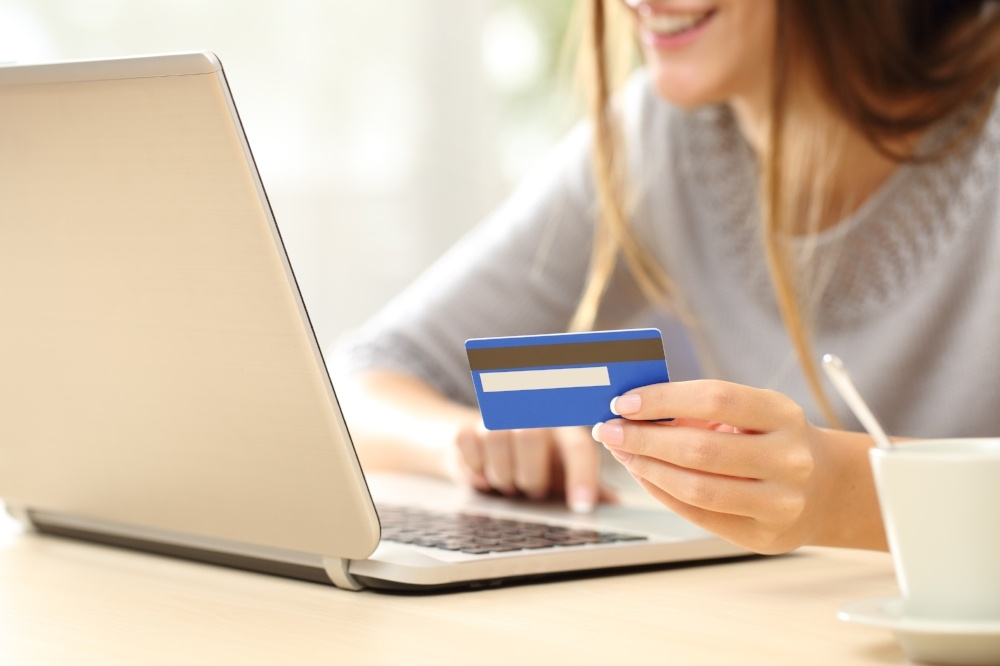 4 Things Anyone With a Credit  Card Should Know