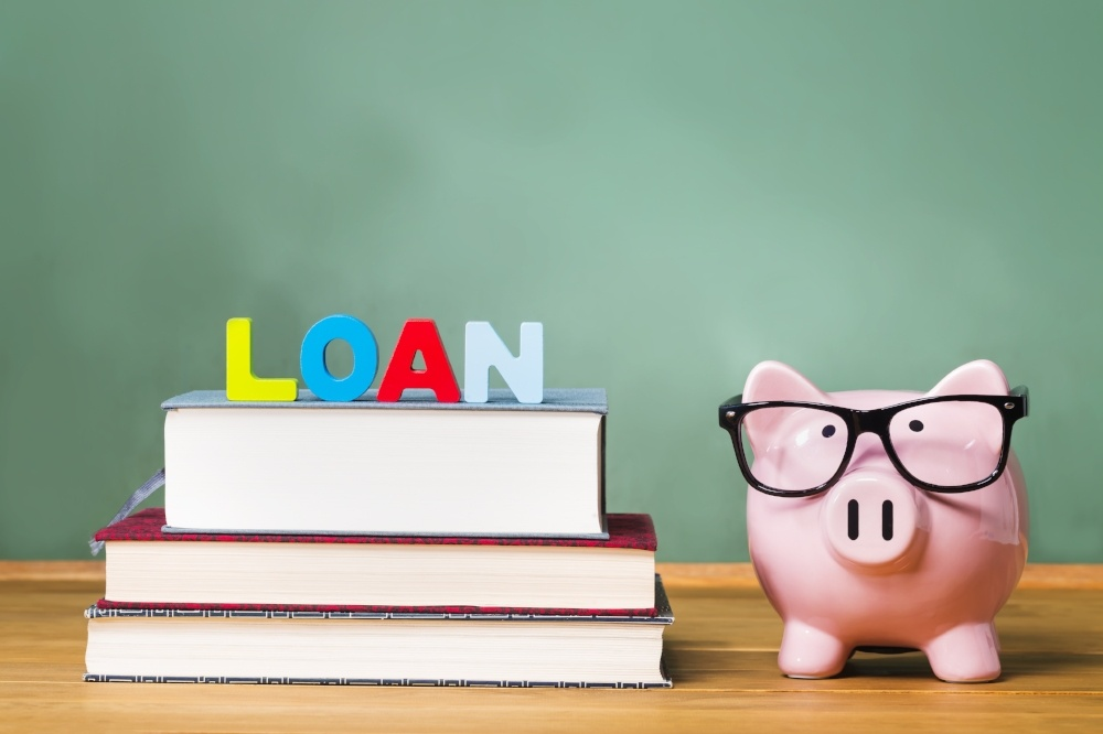 3 Student Loan Tips for Recent Graduates