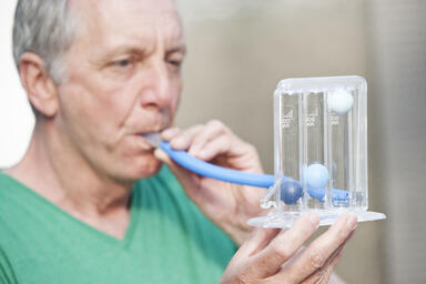 Man pulmonary function test