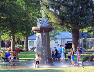 City of Monmouth Main Street Park