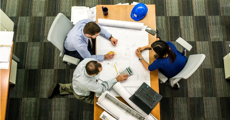 9 top features for architecture, engineering, and construction firms