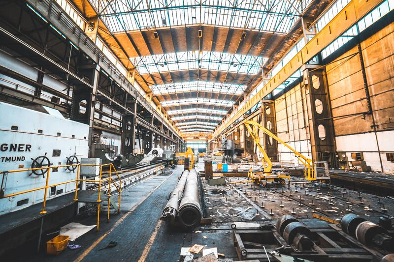 3 Essentials to Consider While Selecting a Warehouse Management System for Your Manufacturing Business