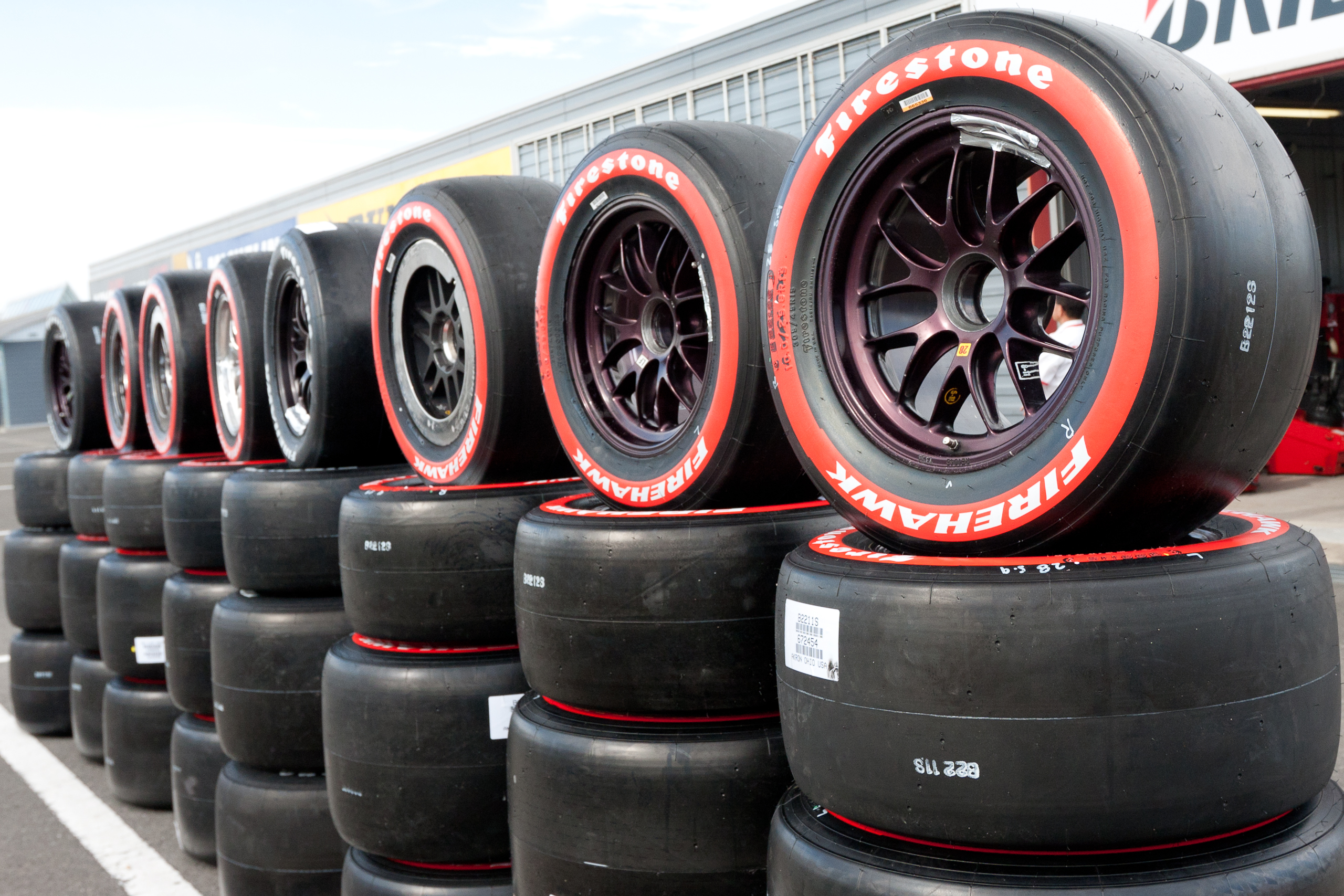 webinar everything you know about race tires is wrong. Black Bedroom Furniture Sets. Home Design Ideas