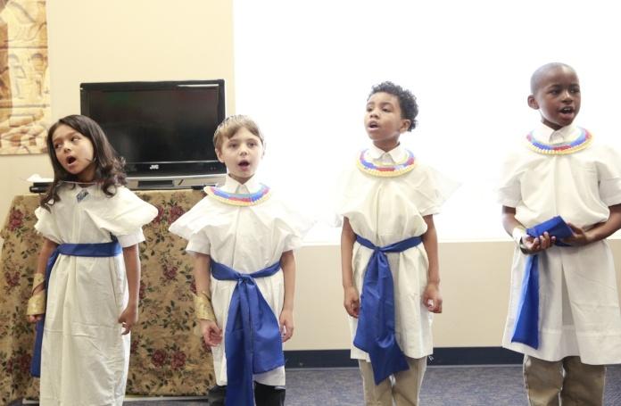 lower-school-sing.jpg