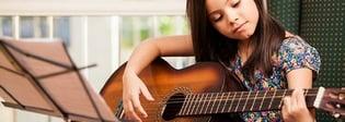 Beneficios de aprender a tocar la guitarra