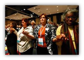 women_in_prayer_NCCW2014