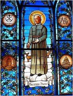 stained-glass-window-saint-Andre-Bessette-3
