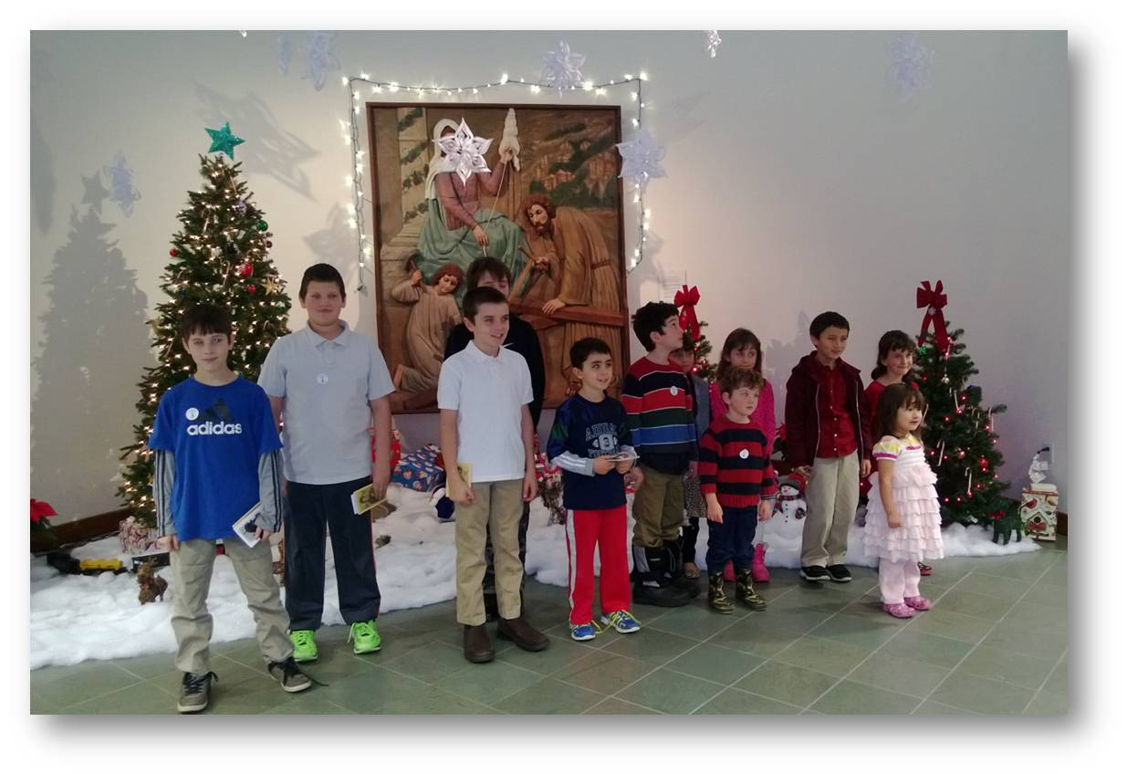 Childrens-Rosary-Group-at-Father-Peyton-Center-2014