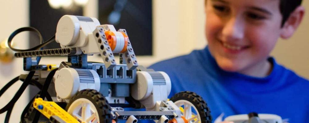 robotica-educativa-aumenta-confianza-alumnos