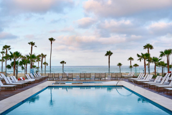 pasea-hotel-huntington-beach-03-700x467.jpg