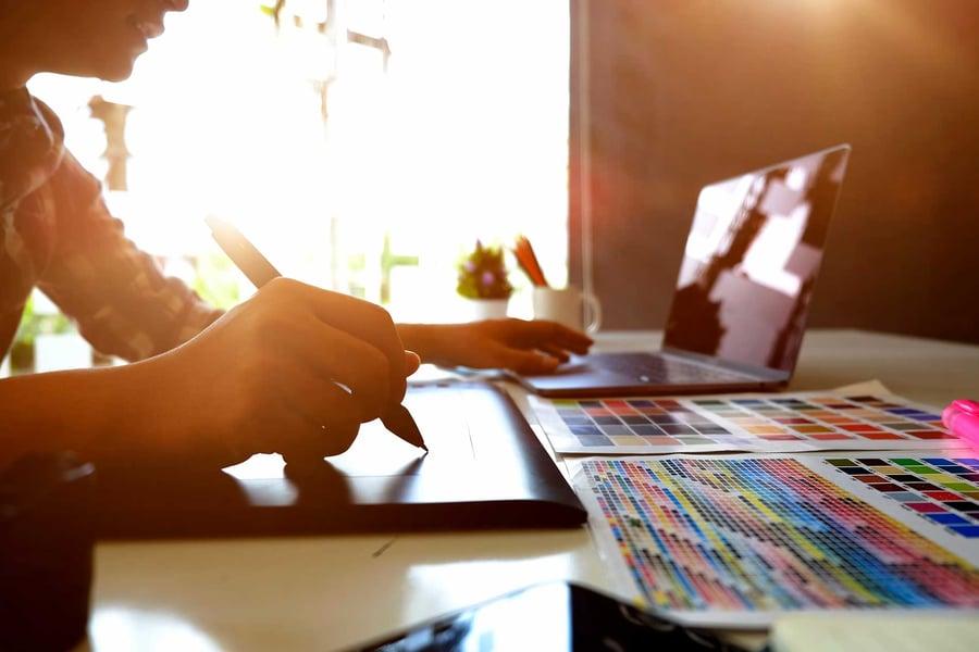 4 redenen waarom digital publishing een nieuwe inkomstenbron voor bureaus is