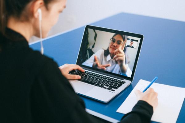 videoconferenza al computer