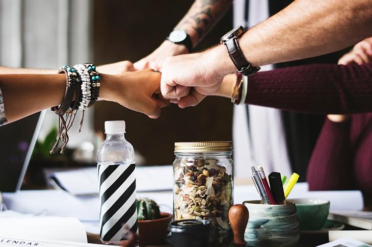 advocate marketing in HR