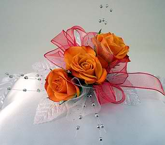 three sweet heart rose corsage winner