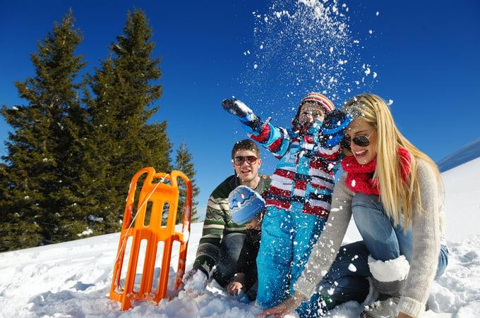 Snow-Family-1280x850