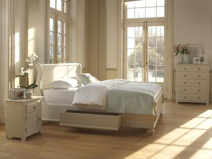 Connecticut-Sleigh-Bed
