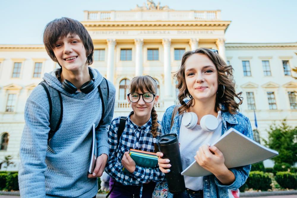 Qué debes hacer y qué no, mientras estudias en el extranjero